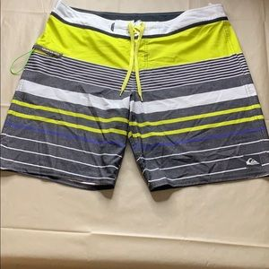"""QUICKSILVER""  Boardshorts"